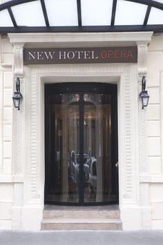 Façade et entrée du New Hotel Opéra Hotel Paris, Paris Hotels, Hotel Sites, Cheap Hotels, Facade, France, Places, Paris Store, Home