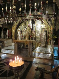 The shrine of Golgotha, the place where Jesus was crucified, in the Church of the Holy Sepulchre in Jerusalem Orthodox Prayers, Orthodox Christianity, Orthodox Catholic, Monastery Icons, Kneeling In Prayer, Nativity Church, Orthodox Icons, Holy Land, Pilgrimage