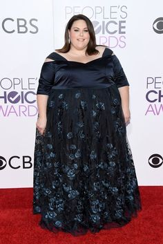 This Is Us Star Chrissy Metz Wears A Custom Eloquii Dress To The People's Choice Awards Chubby Fashion, Curvy Girl Fashion, Plus Size Girls, Plus Size Women, Celebrity Red Carpet, Celebrity Style, Plus Size Dresses, Nice Dresses, Full Figured Women