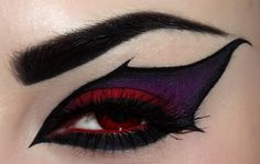 Fantastic eye makeup. Just stunning.