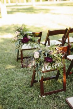 2015 Color of the Year: How to Pull Off a Marsala Colored Wedding - Sara & Rocky via Southern Weddings LEAVES