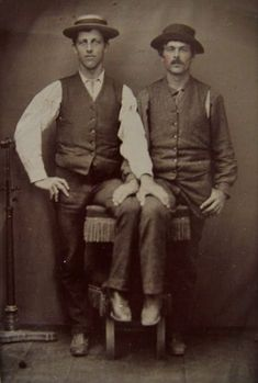 vintage everyday: LGBT Couples – Adorable Vintage Photos of Gay Lovers in the Victorian Era Vintage Couples, Vintage Love, Vintage Men, Retro Men, Vintage Beauty, Vintage Black, Lgbt Couples, Cute Gay Couples, Before Us