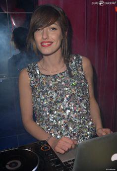 Jennifer Ayache lors de la contre-soirée de la Saint-Valentin par l'agence Sandra & CO au club Le Chapelier à Paris, le 14 février 2014.