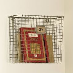 DIY mesh magazine rack, maybe a ball/bin like the one in LON? - hearty-home.com