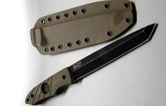 Hoffner Knives' New Fixed Blade Is a 'Beast'