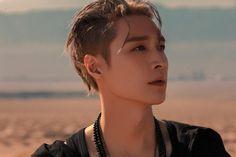 Yixing, Pearl Earrings, The Past, Studio, Exo Album, Baekhyun Chanyeol, Chinese Boy, Itunes, Mini Albums