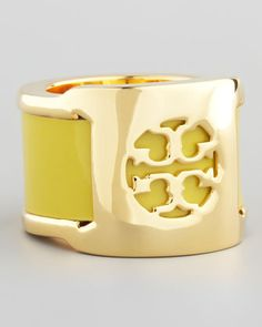 #Neiman Marcus            #ring                     #Patent #Leather #Band #Ring, #Green #Amber         Patent Leather Band Ring, Green Amber                                         http://www.seapai.com/product.aspx?PID=517981