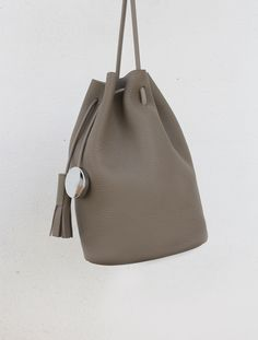 Sisters Kimberly and Nancy Wu have been killin' the minimalist handbag game since 2012 with their label Building Block. The design duo is all about making utilitarian synonymous with luxury. Their design approach means shedding any unnecessary hardware or excess adornments, and instead focusing