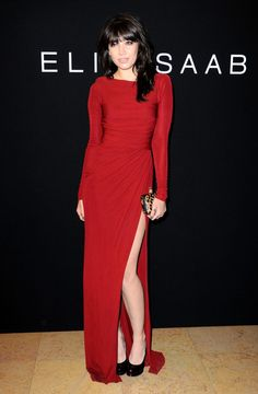 Daisy Lowe looks gorgeous in her stunnin red elie saab gown - the simplcity is really cute and chic ! Daisy Lowe, Elie Saab Couture, Fashion Images, Red Carpet Looks, Couture Fashion, Beautiful Dresses, Celebrity Style, Vintage Fashion, Glamour