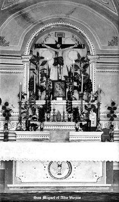 Altar de templo de San Miguel el Alto Jalisco Mexico    5