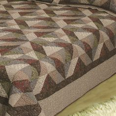 COUNTRY COTTAGE QUILTED THROW