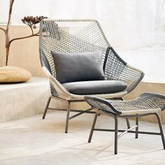 Okay this outdoor lounge chair totally gets me. I love how unique it is. Can you…