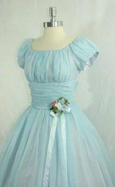 Vestido con flor