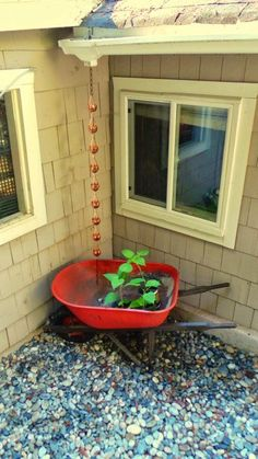 Brilliant Ideas For Diy Rain Chains For Beginners