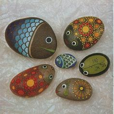 knitting-faziez: TAŞ BOYAMA - PAİNTED ROCKS. fish, bugs