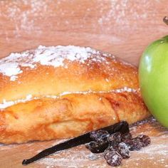 Cornish Pasties, Apple Strudel, Continental, Hamburger, Bread, Sweet, Food, Candy, Meal