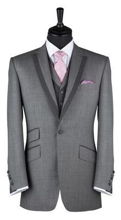 Bespoke Savile Row tailor made suits Souster Hicks Tailor Made Suits, Made To Measure Suits, Bespoke Suit, Bespoke Tailoring, Mens Tailored Suits, Mens Suits, Dapper Gentleman, Gentleman Style, Modern Mens Fashion
