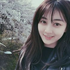 Jihyo TWICE no makeup face is actual perfection Nayeon, Kpop Girl Groups, Korean Girl Groups, Kpop Girls, Leader Twice, Park Ji Soo, Jihyo Twice, Twice Once, Twice Kpop