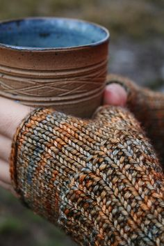 Ravelry: Project Gallery for Rathtrevor pattern by Jane Richmond