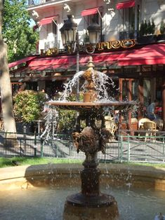 Paris cafe, I will go to sleep tonight dreaming of sitting here with a glass of wine one day.