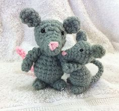 Amigurumi Little Mouse - FREE Crochet Pattern and Tutorial by Amanda L. Girão
