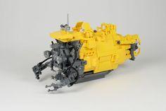lego ideas yellow submarine project creator ATANA studio Anthony SÉJOURNÉ Lego Submarine, Yellow Submarine, Lego Boat, Lego Machines, Lego Ship, Lego Spaceship, Lego Builder, Lego Mechs, Lego Military