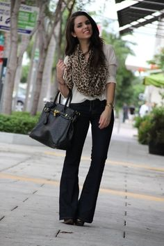 Great way to wear flare jeans