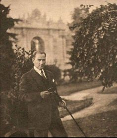 Ataturk- founder of Turkish Republic Republic Of Turkey, The Republic, Turkish Army, The Legend Of Heroes, The Turk, Great Leaders, World Peace, Historical Pictures, Handsome