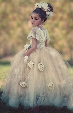 2016 Champagne Appliques Ball Gown Flower Girl Dresses Bead Floor-Length Girls Pageant Dresses First Communion Dresses For Girls Cute Flower Girl Dresses, Wedding Dresses With Flowers, Bridesmaid Flowers, Little Girl Dresses, Flower Girls, Bridesmaids, Girls Special Occasion Dresses, Girls Pageant Dresses, First Communion Dresses