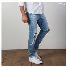 Confortável e estilosa, aposte na skinny destroyed.#calçaskinny #gdokymen #inverno18
