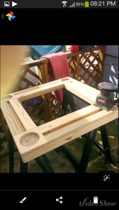 Classy Building a Floor Cabinet From Pallets Ideas. Astonishing Building a Floor Cabinet From Pallets Ideas. Recycled Pallets, Wooden Pallets, Domino Table, Handyman Projects, Chess Table, Wood Games, Wooden Pallet Projects, Pallet Designs, Table Games