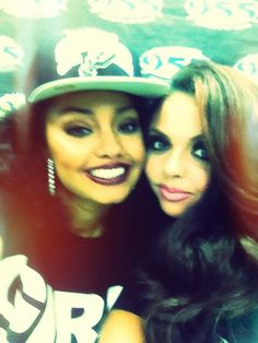 Leigh Anne looks amazing in snap backs! X favorite kinda hat! X<<< wow, she looks amazing. My snap chats normally looks like a dying hippo gave birth to a spicy  jalapeño... Aha- Claire
