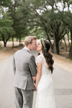 A Laid-Back Vintage Ranch Wedding at Triple S Ranch in Calistoga, California