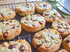 Pistachio Cookies, Light Snacks, Recipe Boards, Fabulous Foods, Greek Recipes, Cookie Recipes, Sweet Tooth, Good Food, Food And Drink
