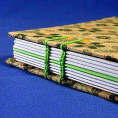Copta   Caderno de anotao (atelieangelamarques) Tags: book artesanato artesanal bookbinding binding coptic caderno cadernos longstitch encadernao feitoamao copta