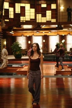 Eliza Dushku (Echo/Caroline Farrell)   inside the dollhouse
