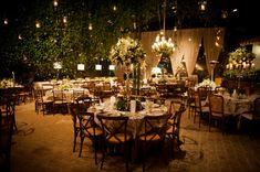 Velas em arranjos da mesa de convidados - Casamento na fazenda - Casamento no campo