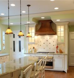 Tiffany ceiling lights used in the dining area!