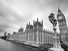 Guida per le #vacanze #lowcost a #Londra http://www.veraclasse.it/articoli/viaggi/itinerari/guida-per-le-vacanze-2013-a-londra-low-cost/10636/