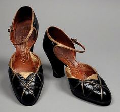 Black and gold shoes, by André Perugia (French, 1893-1977), 1922.