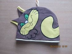 Cat tea cover free machine embroidery design