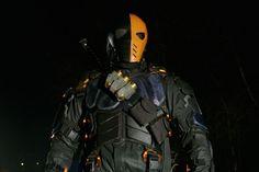 Arrow 5: Manu Bennet tornerà nei panni di Deathstroke!