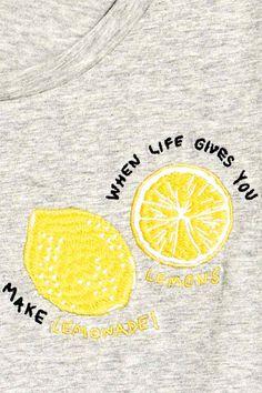 T-shirt avec motif - Gris/citron - FEMME | H&M FR