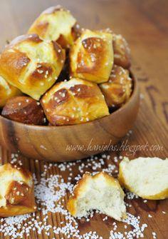 Haniela's: Pretzel Bites