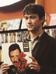 """Joseph Gordon-Levitt portrays the character of Tom Hansen in the movie """"500 Days of Summer""""........"""