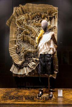 DRIES VAN NOTEN 2014 Belgica/ Contraste Texturas