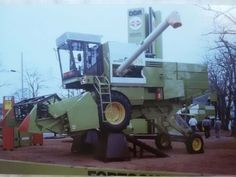 Agriculture, Farming, Combine Harvester, Old Tractors, Motorcycles, Childhood, Cars, Cool Stuff, Big