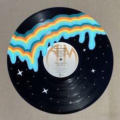 Art Cd, Cd Wall Art, Record Wall Art, Small Canvas Art, Diy Canvas Art, Record Decor, Vinyl Records Decor, Vinyl Record Projects, Vynil Records