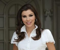 Heather Dubrow...love this blouse!