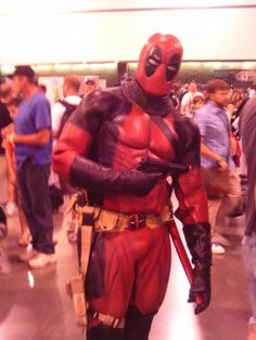 This is the most amazing Deadpool costume I've EVER seen. Definitely need to buy my boyfriend one of these, asap.